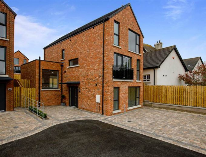 4 Milecross Manor, Newtownards